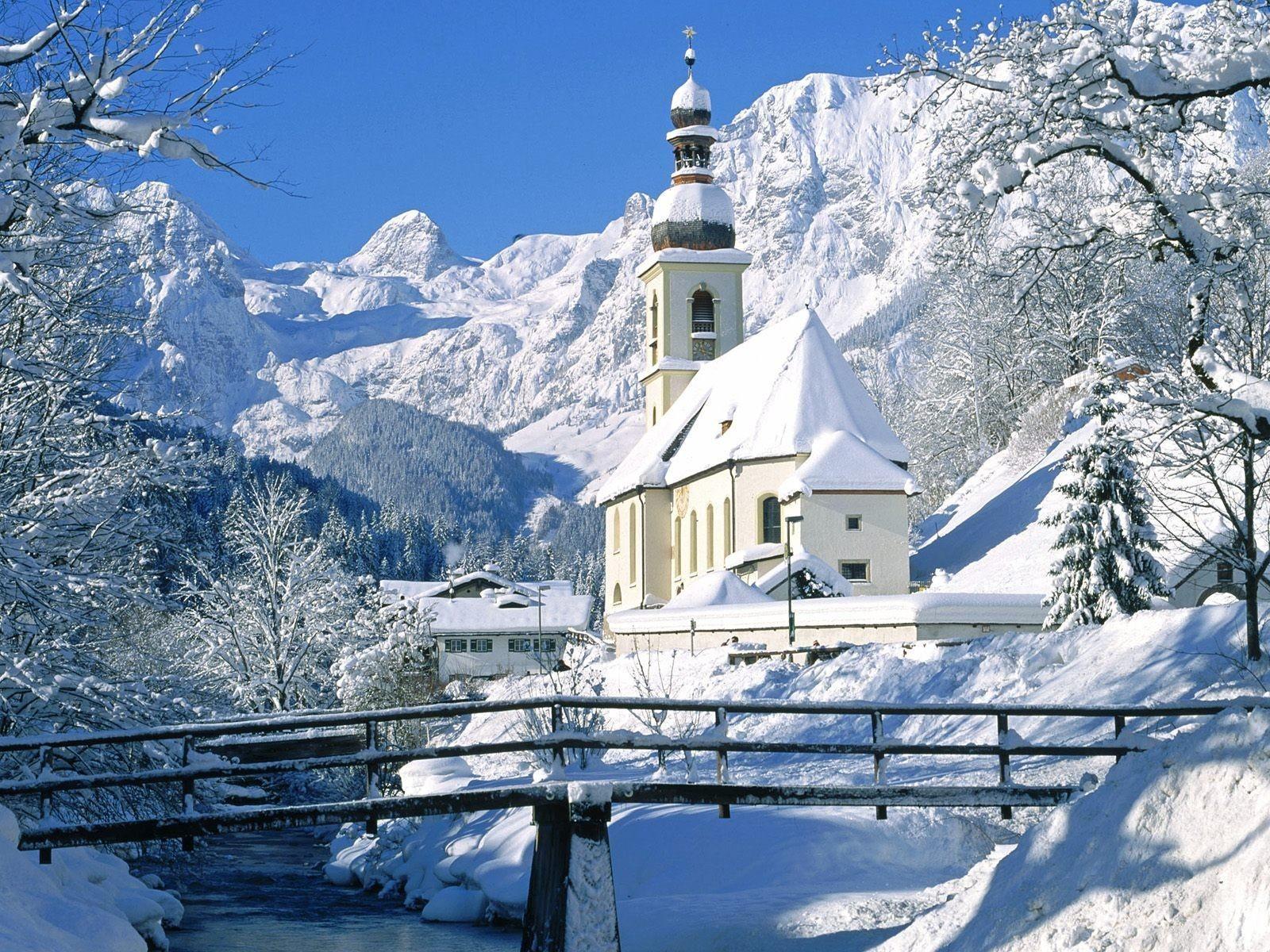 Часовня в горах германии