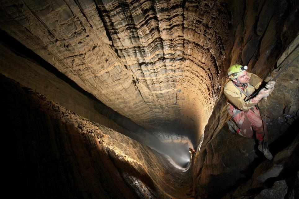 Самые опасные пещеры в мире